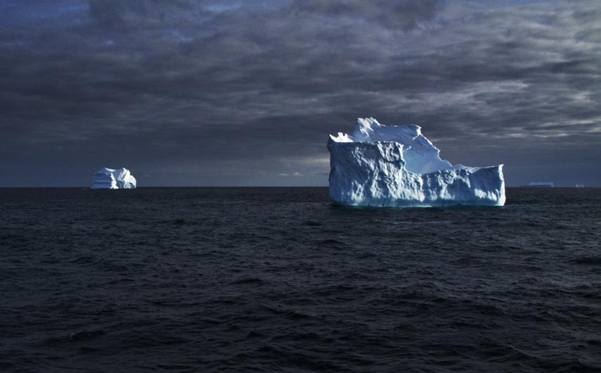 http://arihatzis.com/files/gimgs/th-45_Ari_Hatzis_Antarctica02.jpg
